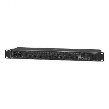 USB аудио/MIDI интерфейс Behringer UMC1820