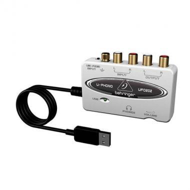 Цифровой аудиоинтерфейс с предусилителем Behringer UFO202