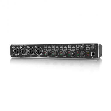 USB аудиоинтерфейс 4х4 Behringer UMC404HD